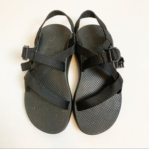 Chaco | women's solid black cloud strappy sandals